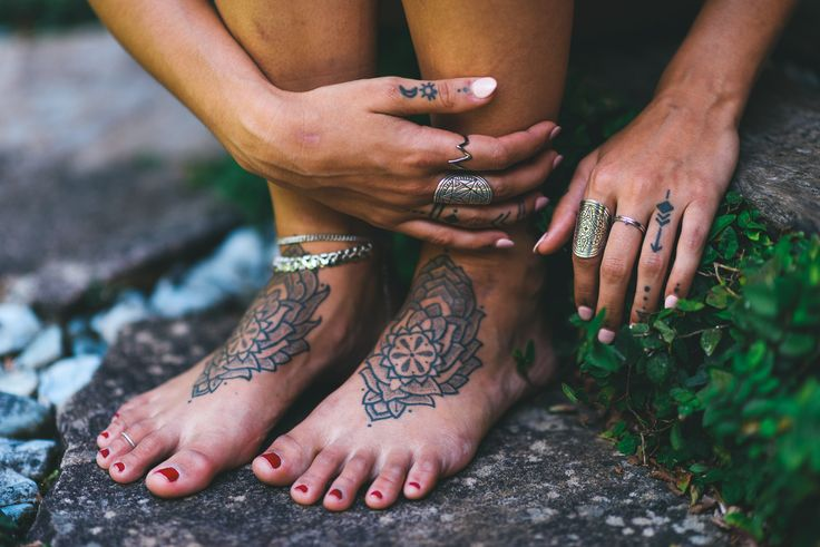 The Fifth Element Life 'Mantra Mandala Collection' (shop via the link) #TFEL #style #ootd #boho #gypsy #witch #coven #bohemian #silver #ring #crystals #bridal #tattoos #handtattoos #mandala #mandalarings #jewellery #jewelry #handtattoo #foottattoo #anklet