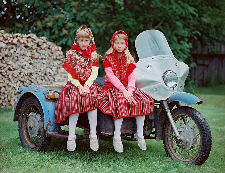 Birgit Püve - 'Twins at Kihnu'