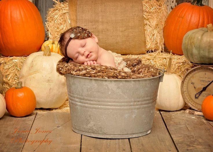 Newborn photography fall picture ideas pumpkins