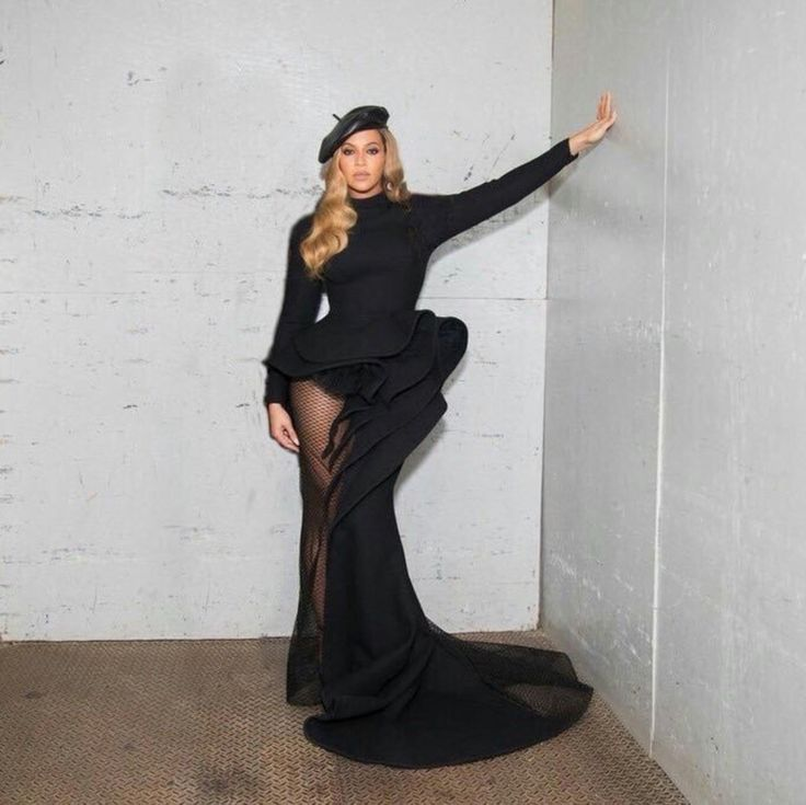 Pin by Latisha Boston on Bey (With images)   Beyonce queen