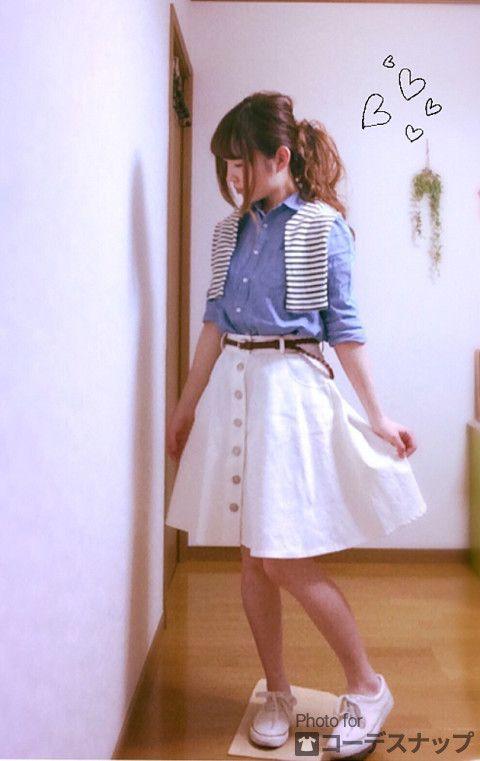 しまむらで 可愛い デニムスカート get しました ♡ デニムシャツと ボーダーを 合わせて マリン風 コーデ (*^^*)♪.° ===== ファッションタイプ:ナチュラル ポイントアイテム:スカート