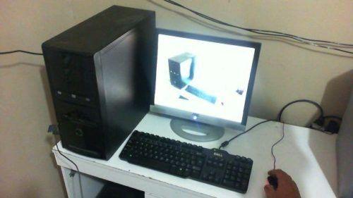 Pc muito bom . monitor lcd de 17 polegadas mouse e teclado . configurações nas fotos. tel: 21 96921 6095