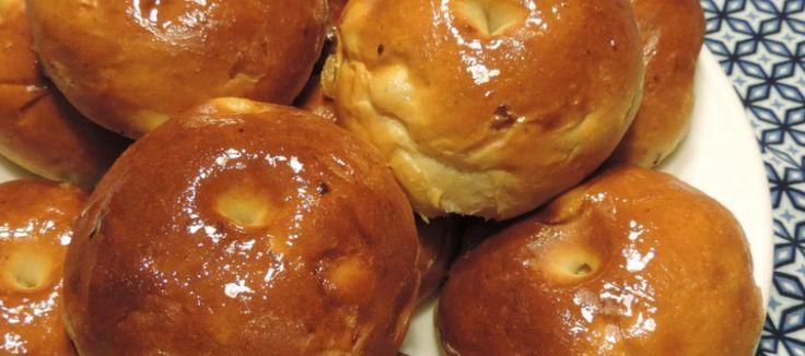 Ricotta honing broodjes, lekker zoete broodjes bakken   Lekker Tafelen