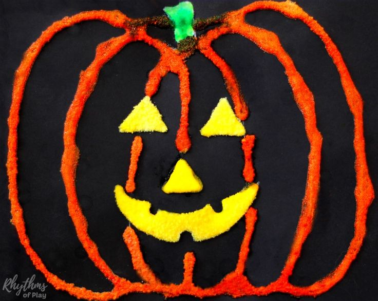 Making a Halloween pumpkin salt painting is an easy art project for kids. Click through to learn how to make your own DIY Halloween art decorations!