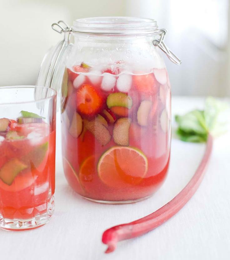 Ruhbarb-Lemonade, with Zest