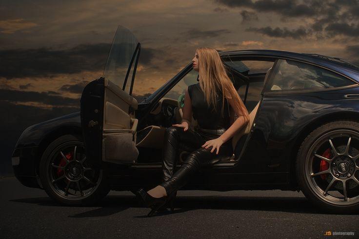 Agnes & Porsche 911 by Jarek S on 500px