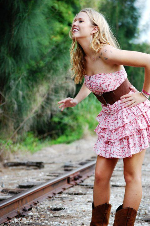 dress and boots <3