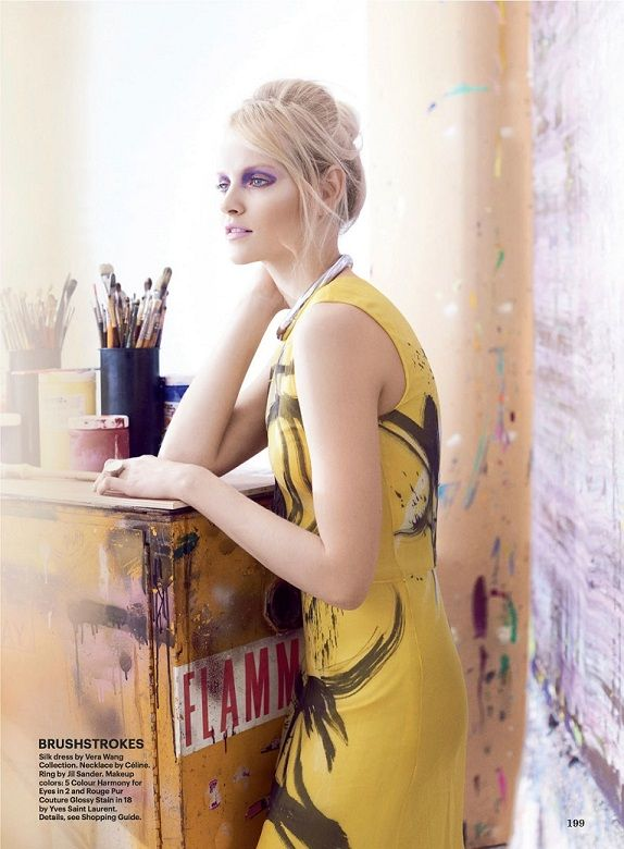 Ginta Lapina as painter in studio