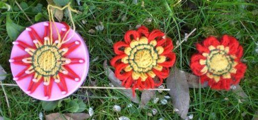 Progresia de o floare de la război de țesut la împâslire