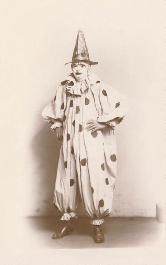 A_Clown.jpg (554×883)