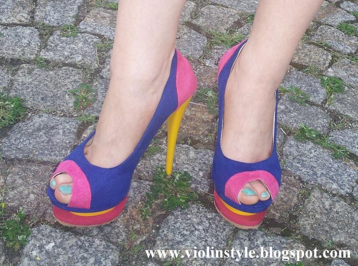 Oasap chic colorful stilettos with cutout platform