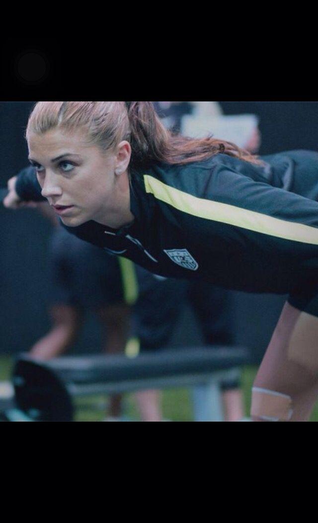 Alex Morgan training