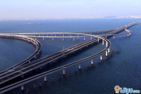 The world's longest bridge over water. Qingdao Haiwan Bridge, China Length  : 41.58 km @ http://ijiya.com/8236962 | Bridge | Pinterest | Qingdao and  Bridge