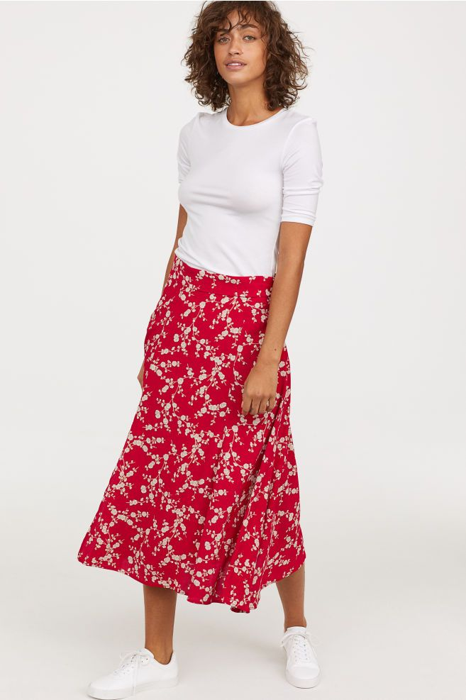7eee9f5984 Calf-length skirt in 2019   Own To Sell Later   Calf length skirts ...