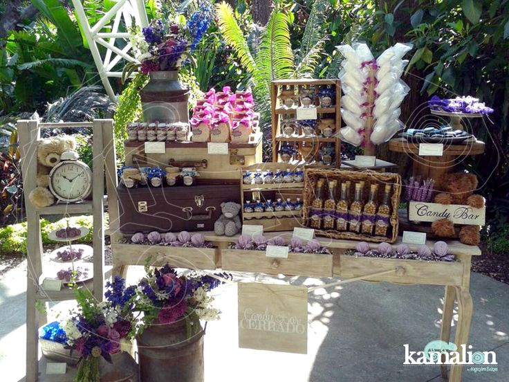 Mesa de dulces candy bar postres for Decoracion bautizo en jardin