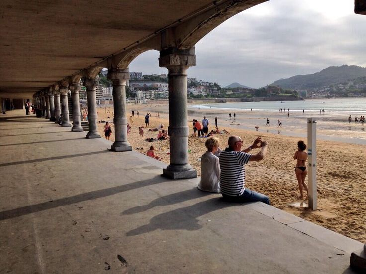 Pictures of you in Donostia www.sistersandthecity.com