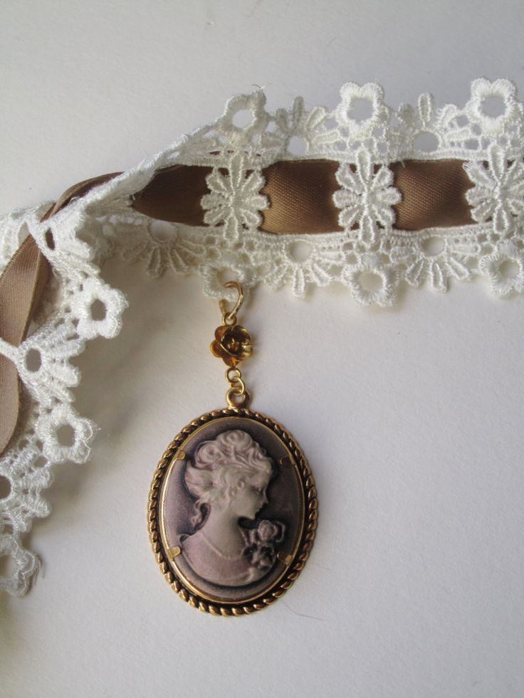 Lace Choker and Cameo by BijouxEmmElle