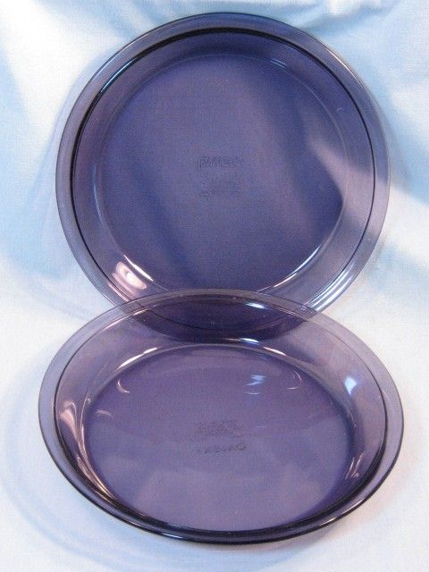 Vintage Pyrex Purple Pie Pans Glass Cookware by havetohaveit