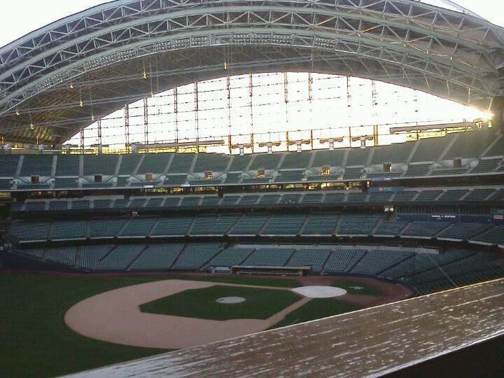 Milwaukee County Stadium | Travel & Places that I love ...