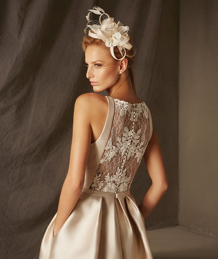 Pronovias > BOGOTA - Short cocktail dress with a strapless neckline in mikado and lace