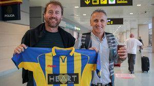 El futbolista más veterano del mundo juega en Ibiza http://www.sport.es/es/noticias/futbol/futbolista-mas-veterano-del-mundo-juega-ibiza-5875171?utm_source=rss-noticias&utm_medium=feed&utm_campaign=futbol