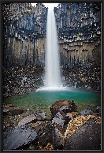 Svartifoss Vertical... I would love to have a shower there... and just hang out for the summer and have a picnic there!