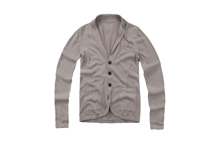 Fred Mello Man #cardigan#upmanhattanstyle#metropolitan #fredmello #fredmello1982 #newyork #accessories#springsummer2013 #accessible luxury #cool #usa #mancollection