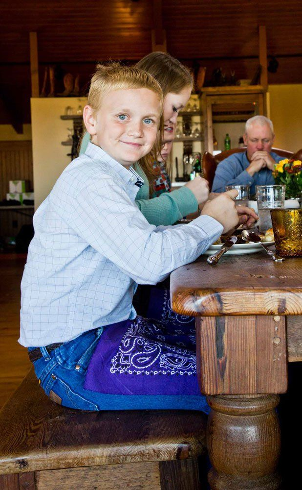 Photos: Ree Drummond's Ranch Thanksgiving – Community Table