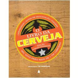 """Este livro, organizado por Tim Hampson, contou com a participação de especialistas para visitar mais de 800 cervejarias espalhadas por todo o mundo, além de avaliar 1.700 cervejas dos mais variados estilos. """"O Livro da Cerveja"""" mostra quais foram as cervejas consideradas melhores, além de trazer dicas para realçar o sabor da bebida com comidas adequadas.    Leia mais    """"O Livro da Cerveja"""" resgata a história de uma das bebidas mais populares do país"""