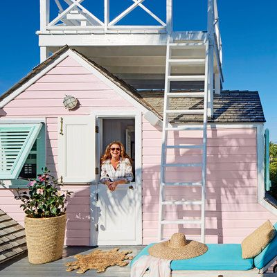 There's nothing like a pink, down-on-its-luck cottage to turn Trish Becker's head. The New York–based jewelry designer and house rescuer (this was her first renovation of three) has a soft spot for old Bahamian colonials with a story, and this one—nicknam