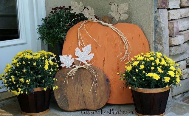 rustic wooden pumpkins, crafts, seasonal holiday decor