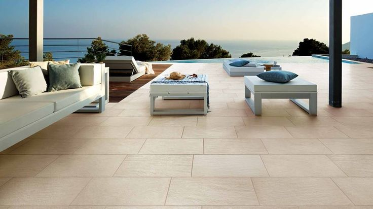 Diaspro antislip 600x600mm. Matching indoor tile available.