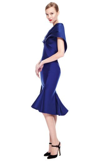 medium_zac-posen-blue-stretch-duchess-cape-back-dress.jpg (320×512)