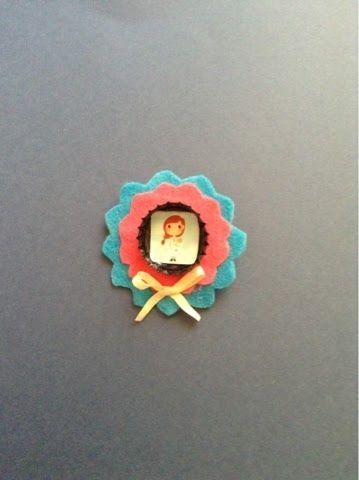 Chapa enfermera www.elsombrerodemarypoppins.blogspot.com