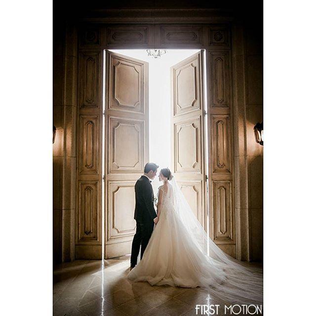 'Photographed by 김철작가 . firstmotion All Right Reserved. . . #FIRSTMOTION #퍼스트모션 #결혼식 #본식스냅 #본식스냅추천 #웨딩스냅 #결혼사진 #웨딩사진 #스몰웨딩 #하우스웨딩 #엘리자베스화이트 #제니하우스프리모 #결혼준비 #결혼 #웨딩 #결혼준비  #wedding #bride #라움챔버홀 #snapshot#firstmotion #1day1pic#퍼스트모션김철작가' by @firstmotion.  #bridesmaid #невеста #parties #catering #venues #entertainment #eventstyling #bridalmakeup #couture #bridalhair #bridalstyle #weddinghair #プレ花嫁 #bridalgown #brides #engagement #theknot #ido #ceremony #congrats #instawed #married…
