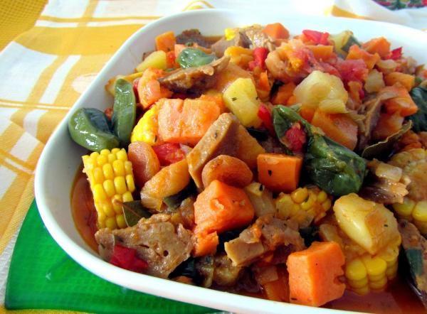 Aprende a preparar carbonada criolla vegana con esta rica y fácil receta. La carbonada criolla constituye uno de los platos tradicionales de la cocina argentina. No...
