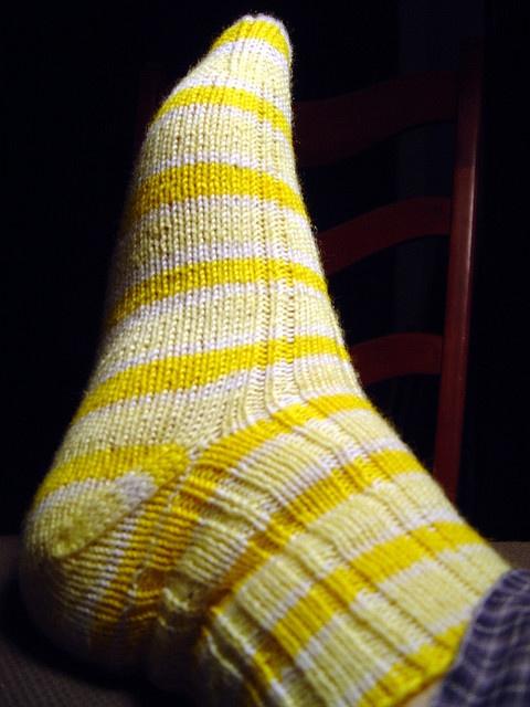 Knitting Vintage Socks Nancy Bush : Lemon drop sock oak ribbed socks pattern in nancy bush