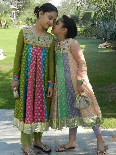Girls frocks in pakistan