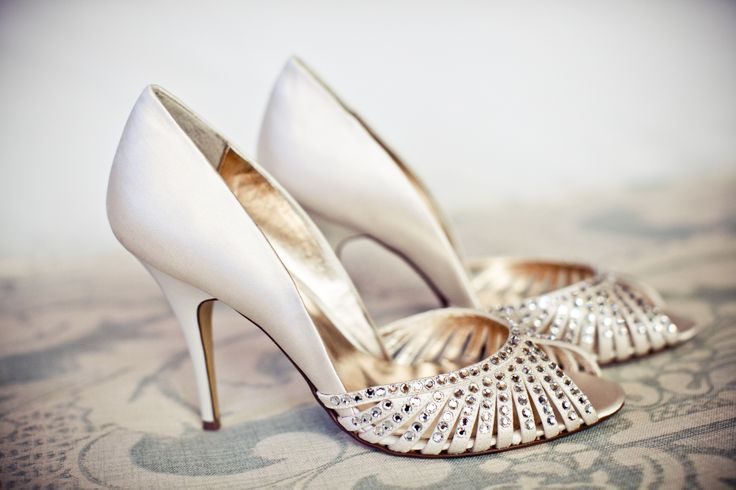 #weddingconcepts #weddingshoes #fortheloveofshoes Photography by: Nicky Stowe