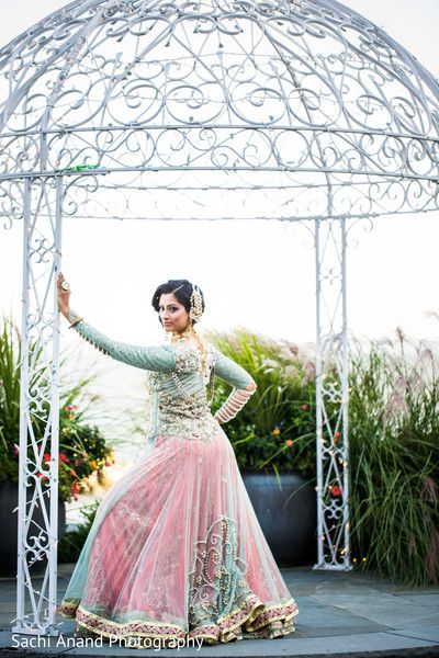 A stunning bridal photo shoot takes place!