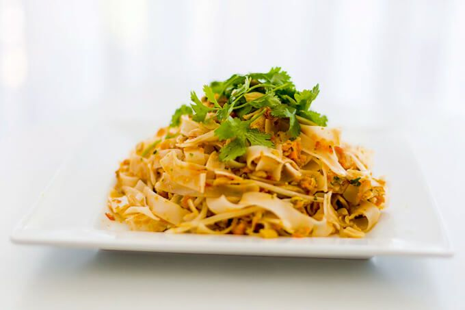 skinnymixer's Simple Meal Sunday: The 4 Blades Pad Thai