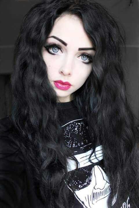 #black #long #hair #blue #eyes #red #rose #lips #black #outfit #cute