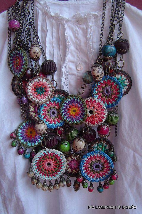 picture of crocheted jewellry + beads - so nice - no pattern