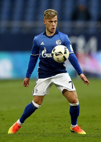Max Meyer of Schalke runs with the ball during the Bundesliga match between FC Schalke 04 and FC Ingolstadt 04 at Veltins-Arena on January 21, 2017 in Gelsenkirchen, Germany.