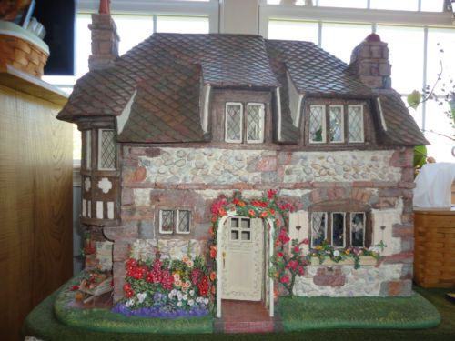 Franklin Mint Hummingbird Garden Cottage Dollhouse Limited