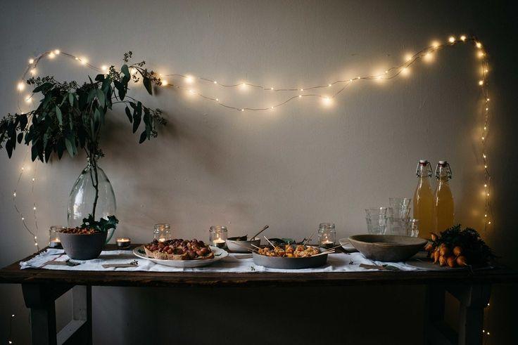 Det går att göra så himla mycket mera med ljusslingor än att pynta julgranen eller ute på huset. Att skapa olika kreativa ideér med ljusslingor ger enkelt en va