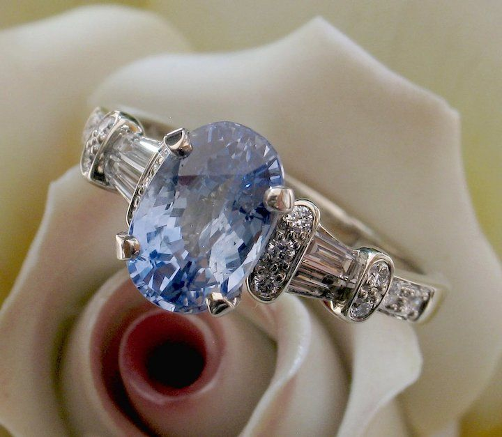 Magnificent Oval 2.62ct Blue Sapphire & Diamond Ring