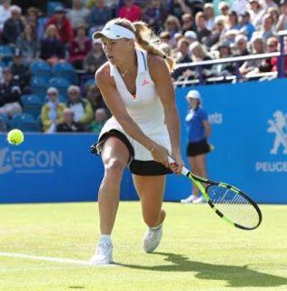 Blog Esportivo do Suíço: Wozniacki elimina Halep e mantém Kerber como nº 1
