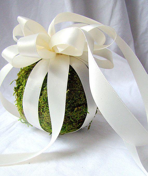 Wedding Pomander, Flower Girl Pomander, Moss Pomander Ball,  Flower Girl, Green Wedding, Woodland Wedding, Pew Marker