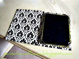 Easy to make diy ipad cover. Makes a great handmade gift for the holidays.